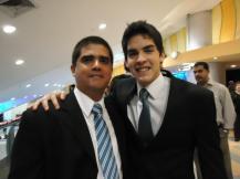 Junto al co-protagonista Christian González